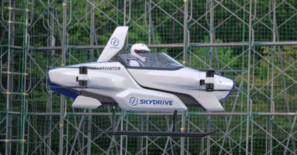 japan- electric plane flying car