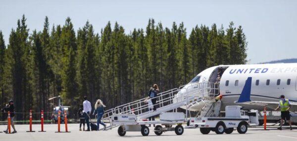 West Yellowstone - United air plane